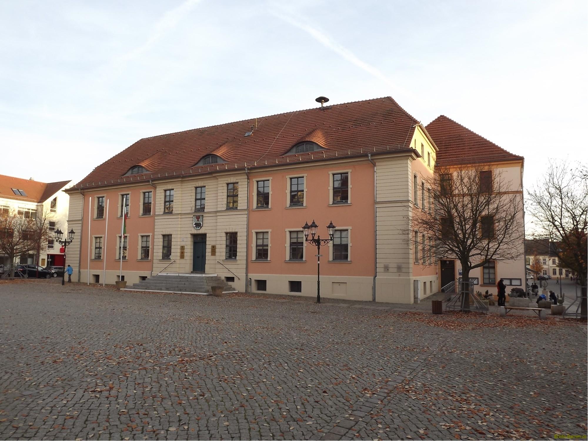 DSCF6307_2000_rathaus